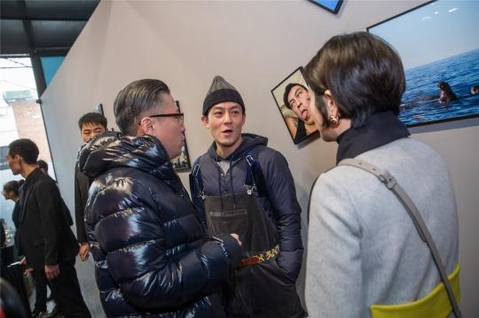 陈冠希在展览现场