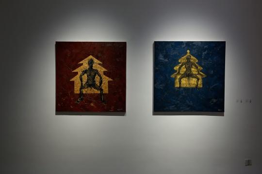 石磊 《控制者-1》、《控制者-2》 100×100cm 布面油画 2016