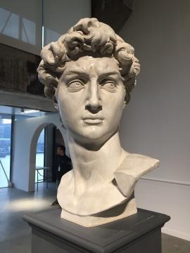《大卫头像》石膏复制品,原作藏于意大利佛罗伦萨美术学院美术馆