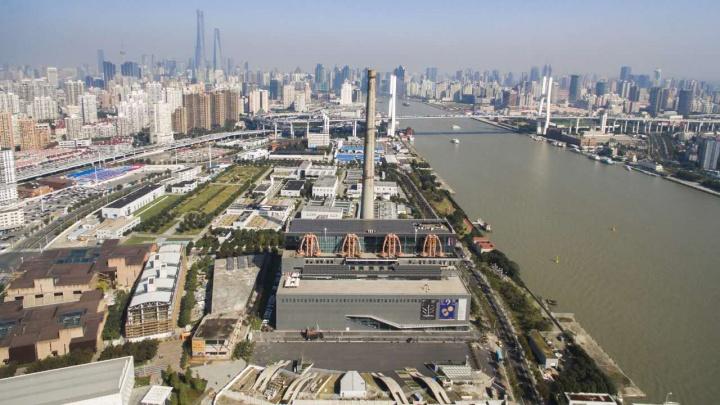 由南市发电厂改造后的上海当代艺术博物馆