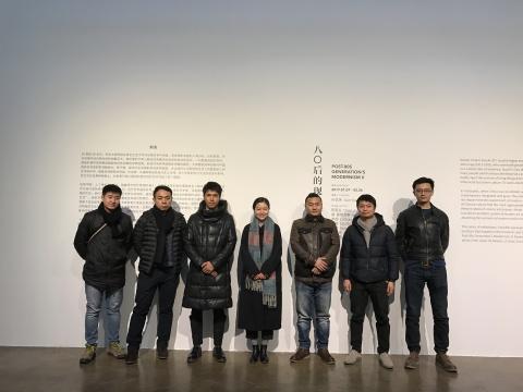 自左:艺术家孙策、赵博、陈家业、策展人孙艺玮、艺术家胡·塞额尼斯、林智、周一然