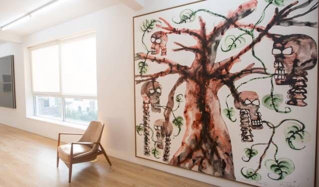 """""""两个时刻:杨锋艺术与教育基金会收藏展""""额外空间展出现场"""