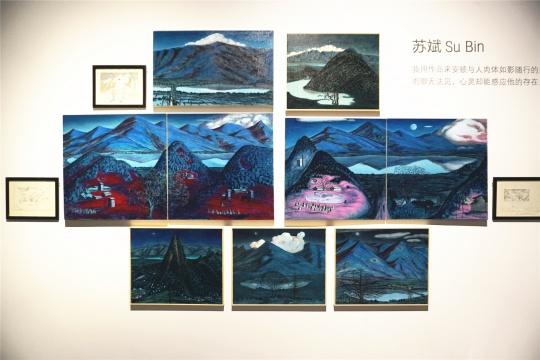 """苏斌用作品来安顿与人肉体如影随行的另一个自己,这个""""自己""""肉眼无法见,心灵却能感应他的存在"""