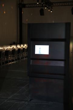 艺术家徐渠的装置作品《提款机》