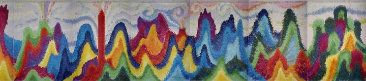 邬建安 《大河的诞生》 2400×267×15cm 剪纸拼贴绘画      Hi:上一届威尼斯双年展上,中国艺术家占领肯尼亚馆引起了很大争议。现在的双年展成为一个饱受争议的概念,你怎么看国际双年展的机制问题?  邱:威尼斯双年展诞生于民族主义兴起的时代,所以以国家馆为单位,现在双年展也处于转型之中——肯尼亚馆事件的争议恰好说明大家开始反思民族主义,这是好事,今天我们该做的还有防止双年展的过度商业化。一个艺术家希望参加双年展的卫星展、被更多人看到我不觉得有什么,但是我绝对不会接受让自己去代表肯尼亚或别的国家馆参展,这样的行为也不该有资格进入威尼斯双年展。