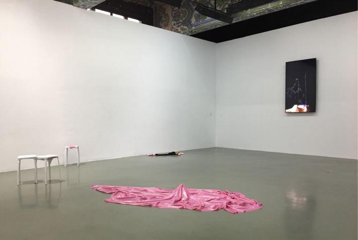 """""""事情是这样的""""艺术8中国青年艺术家奖联展 曹雨作品展览现场"""