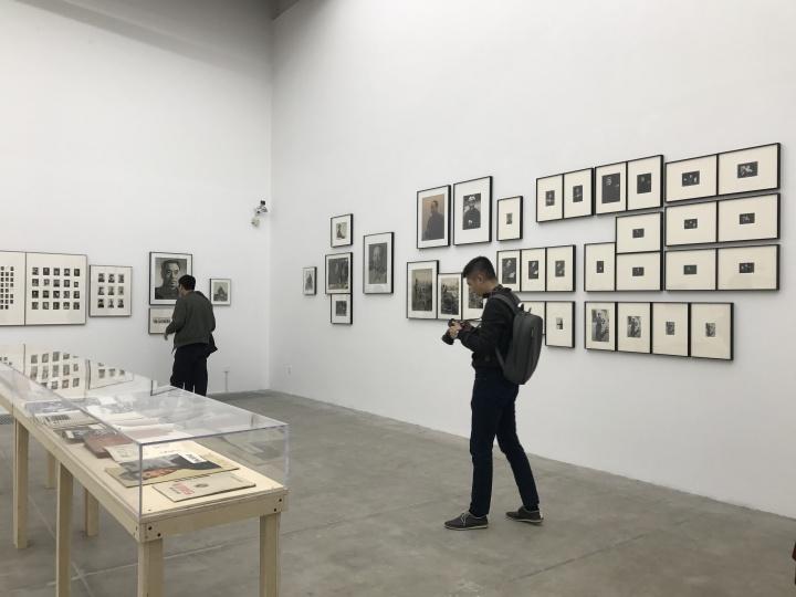 """泰康空间 """"肖像热:泰康摄影收藏""""现场"""