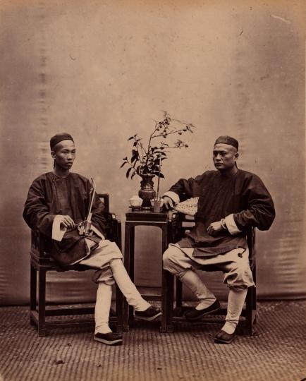 阿芳《福州两男子合影》21×27cm蛋白照片1861 -1870