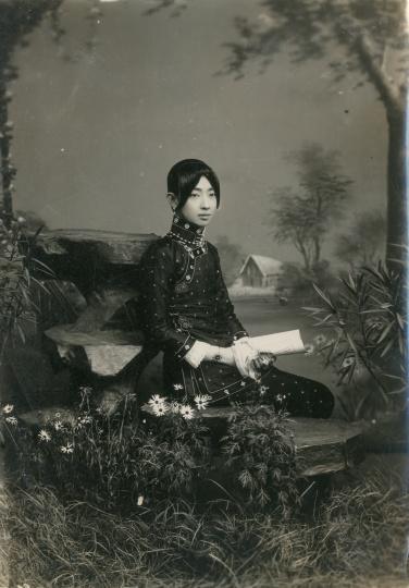 佚名《梅兰芳<一缕麻>扮林纫芬》20x14.5cm银盐纸基1916