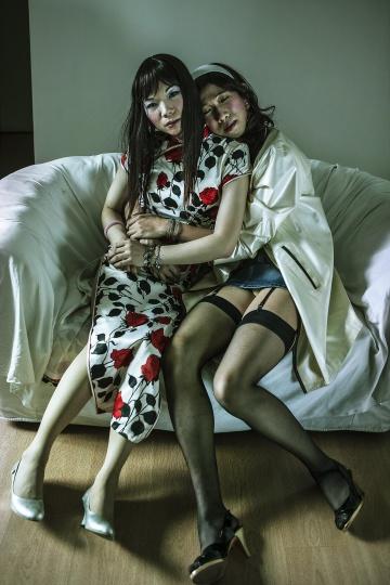 张海儿《艾米莉和施国斌(广州)》100x66.67cm激光数码输出2009