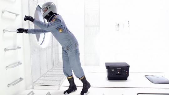 阿彼察邦·韦拉斯哈古 《信念》(Video Still 录像截屏)11'05'' 双通道数字录像装置 2006