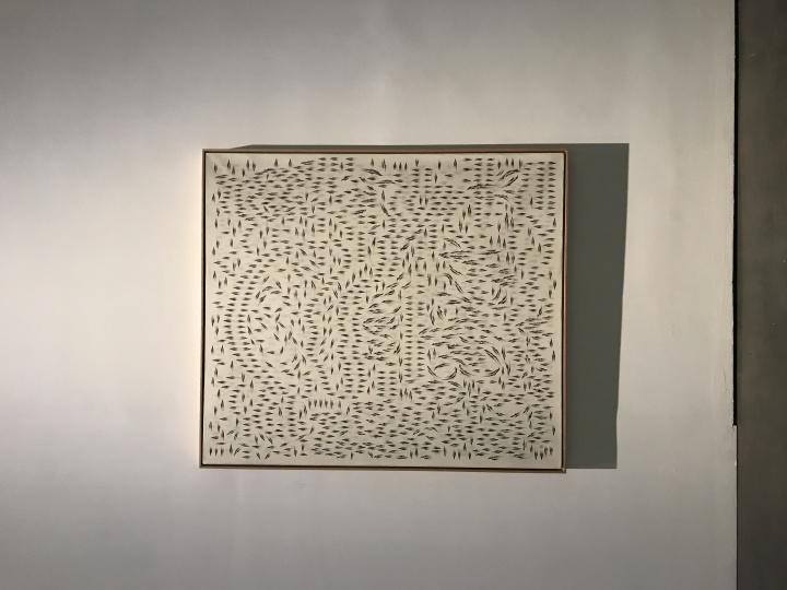 黄致阳《千灵显 . 游聚 1502》200×240cm 墨,矿物彩,绢 2015