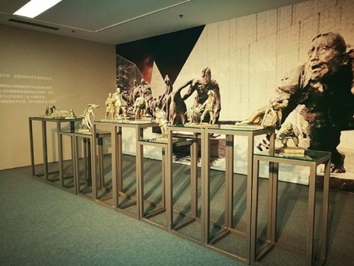 吴为山 《侵华日军南京大屠杀遇难同胞纪念馆扩建工程主体雕塑》