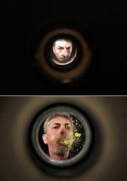 《门后艺术家》影像装置 2017