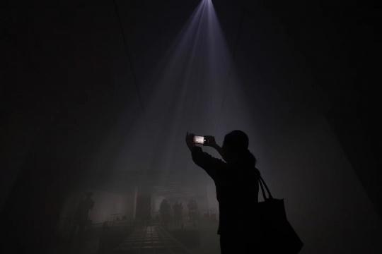 """""""生声不息:塞莱斯特·布谢-穆日诺""""《雾》现场定制装置 混合媒介 2017"""
