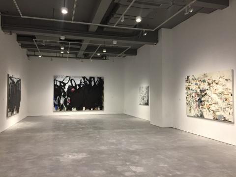 """""""涂绘与书写:抽象艺术的中式表达""""展览现场"""