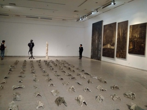"""第四届美术文献展,57位艺术家如何形成了""""应力场""""?"""