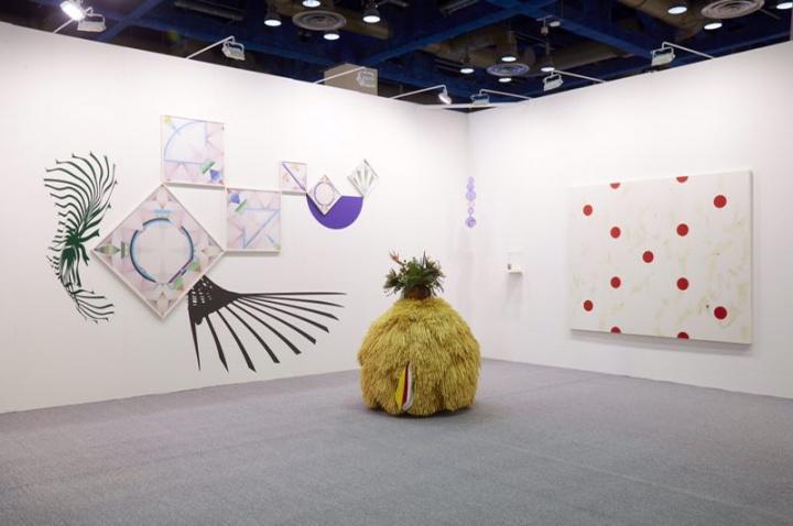 韩国老牌运营国际当代艺术的Kukje 画廊近年来多次参与上海021博览会,本届KIAF画廊带来包括Julian Opie、Anish Kappr、梁慧圭等画廊主力艺术家在内的大名单