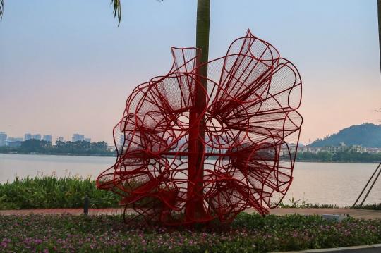 现场展出黎秋仪作品《城市记忆》