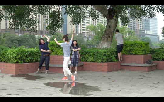 冯火《新世界》,2017,单频录像,45分钟