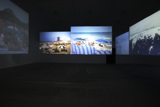"""刘雨佳""""海滩""""亮相当代唐人艺术中心第一空间"""