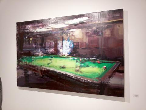 展览现场的日常影像系列油画作品