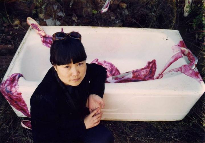 1998年,蔡锦在纽约布鲁克林