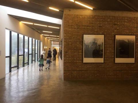 安娜伊思·马田的摄影作品于三影堂+3画廊开幕