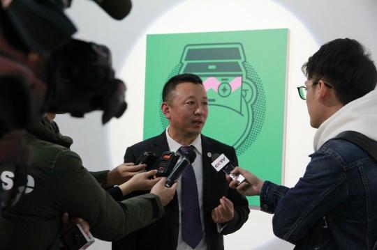 艺术节秘书长,繁星戏剧村创始人樊星先生在接受采访