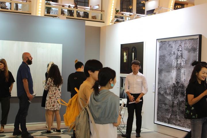 影像上海,当代摄影水深几何?