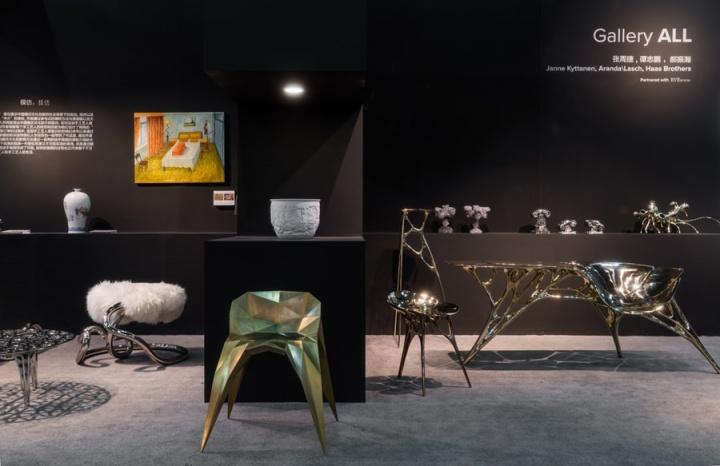设计上海展会现场,张周捷的椅子