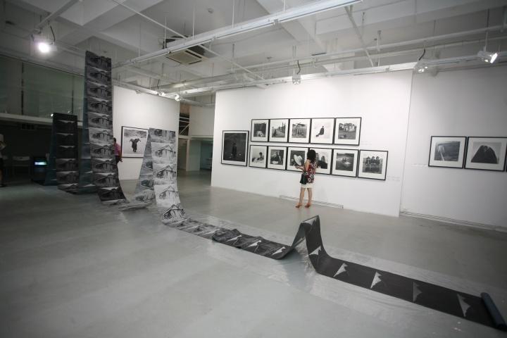"""2008年黎朗个展""""图片的边界"""""""