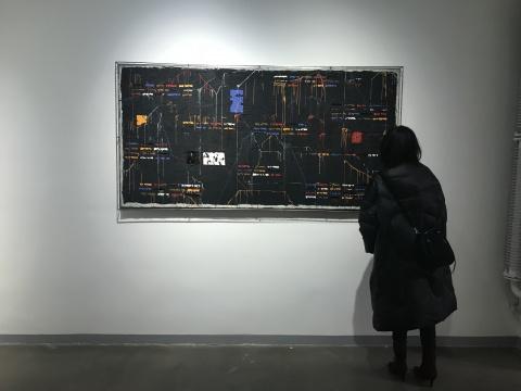 安立奎·布里克曼 《黑色混乱》105×205cm 油画(钢网) 2011