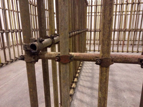 《画地为牢》局部 钢管 尺寸可变 2017