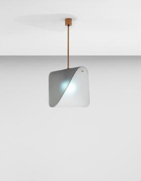 丰塔纳艺术 《天花吊灯 型号 2179》74 x 35.5 x 36.3cm毛玻璃,有色毛玻璃,黄铜 约1950  估价:4万-6万港元