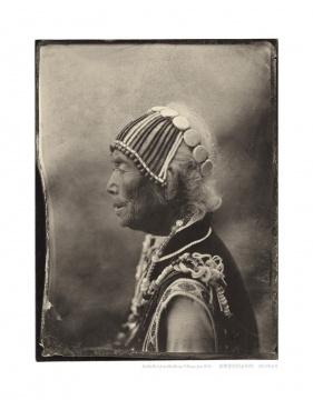 骆丹《老姆登村的金玛伟》99.5×129.8cm收藏级艺术微喷 2010