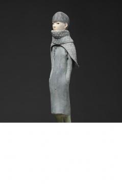 《春暖花开》 43×15×15cm 纸黏土&水彩 2013