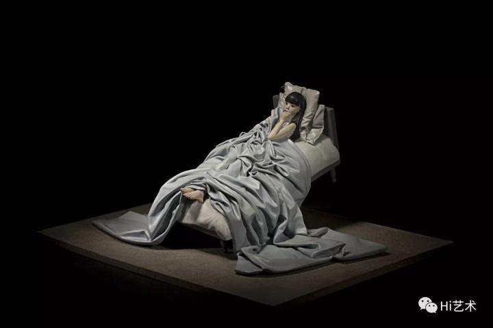 《冷光4》 53×80×40cm 树脂着色 2011