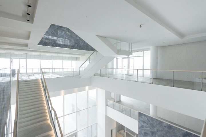 海上世界文化艺术中心是日本建筑大师槇文彦担纲设计的首件中国力作