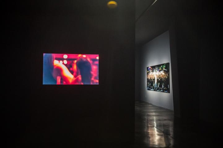 杨龙澄《羞你的耻 / 羞我的耻》 影像 2017  歌曲《健身房/呼吸》