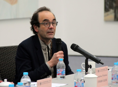 本届评委会主席的胡安·克鲁兹发言