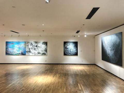 """龙美术馆""""具象·抽象"""",余友涵绘画人生的重庆现场"""
