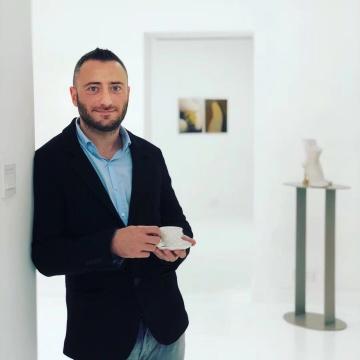 胶囊画廊主人Enrico(里柯)