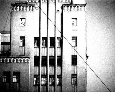 宋涛 《三天前》8分00秒 4:3黑白有声单频录像 2004