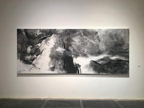 王公懿《梅里雪山》146 x 362 cm 生宣、综合媒材 2018