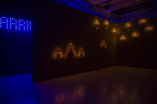 """《纪念碑系列》,""""忆所""""展览现场,上海当代艺术博物馆"""