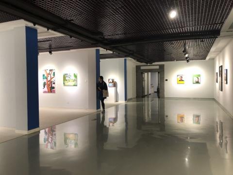 """正观美术馆""""青衿计划2018""""第二期展览作品现场"""