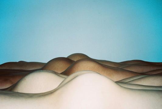 任航《无题》,2013,C-print,100cm × 67cm (曾入围2011年第三届三影堂摄影奖)