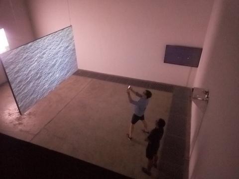 """独角兽空间新展开幕,看两位年轻艺术家理解的""""圣殇"""""""