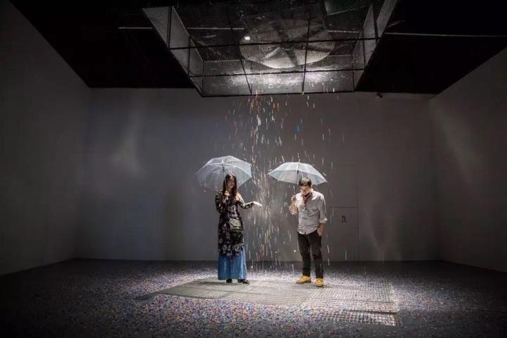 """2017年9月同期开幕的三个展览""""非常持续——环保启示录""""、""""非常建筑""""以及""""阿拉巴·马德富纳"""